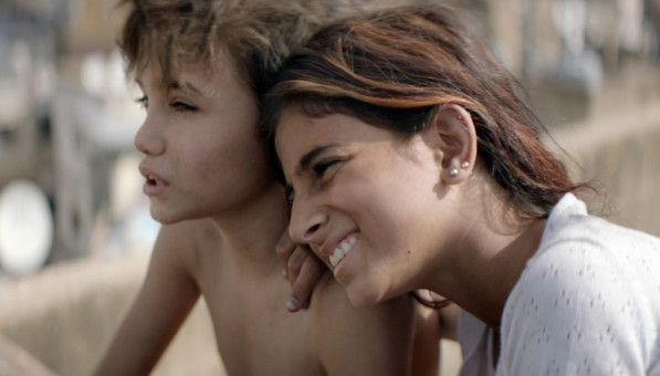 Das Leben für Zain (Zain Al Rafeea) und seine Schwester Sahar (Haita Izam) ist hart, ihre Elten können nicht für sie sorgen.