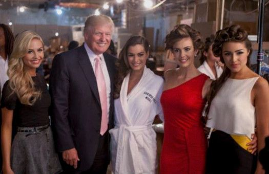 Donald Trump darf sich alles erlauben - und er macht das in aller Öffentlichkeit.