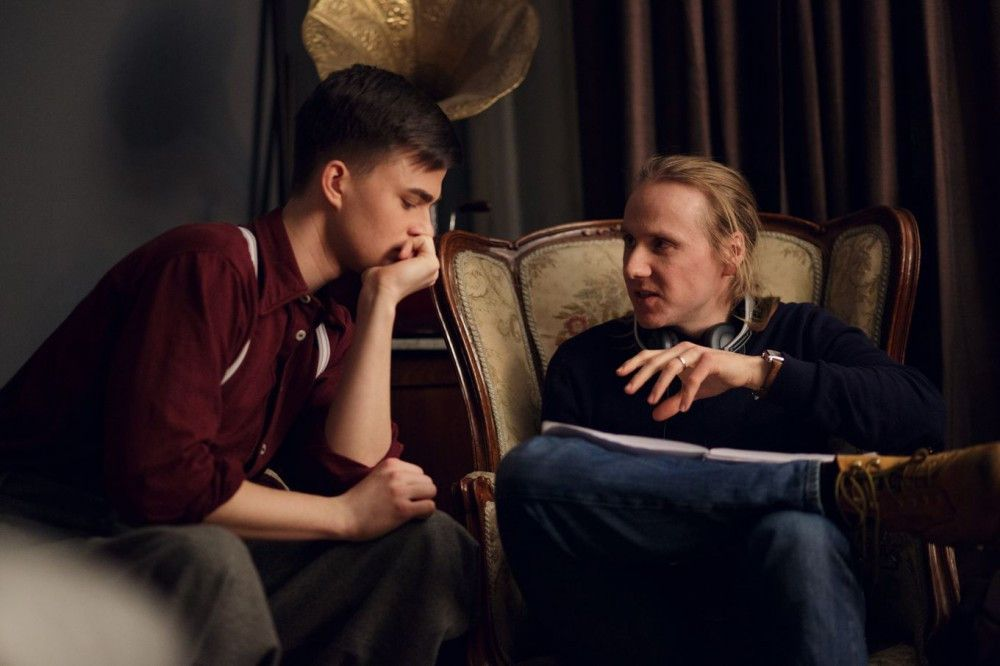 Am Set: Regisseur Florian Frerichs (rechts) mit seinem Darsteller Patrick Mölleken.