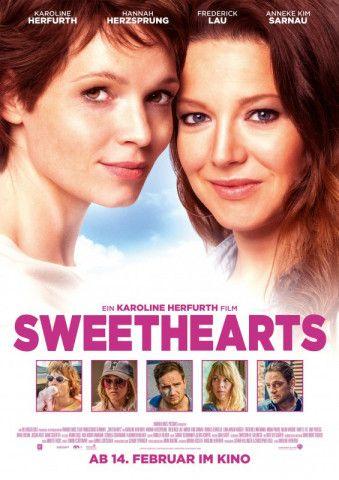 """Überdrehtes Girl-Buddy-Movie mit Herz: Karoline Herfurth und Hannah Herzsprung sind die Stars von """"Sweethearts""""."""