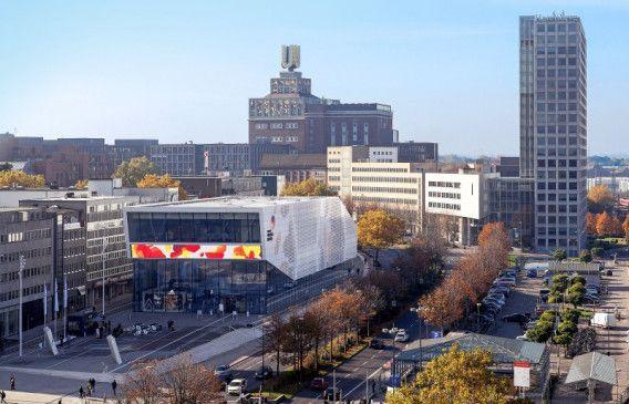 Blick auf Dortmund mit dem Deutschen Fußballmuseum.