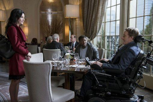 Dell (Kevin Hart, Mitte) arrangiert ein Treffen zwischen Phillip (Bryan Cranston) und dessen Brieffreundin Lily (Julianna Margulies).