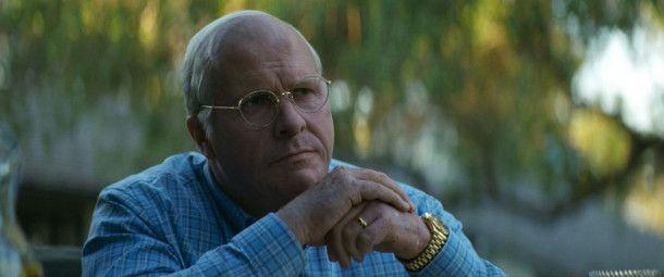 George W. Bush hat Dick Cheney (Christian Bale) zu seinem Vizepräsidenten gemacht.