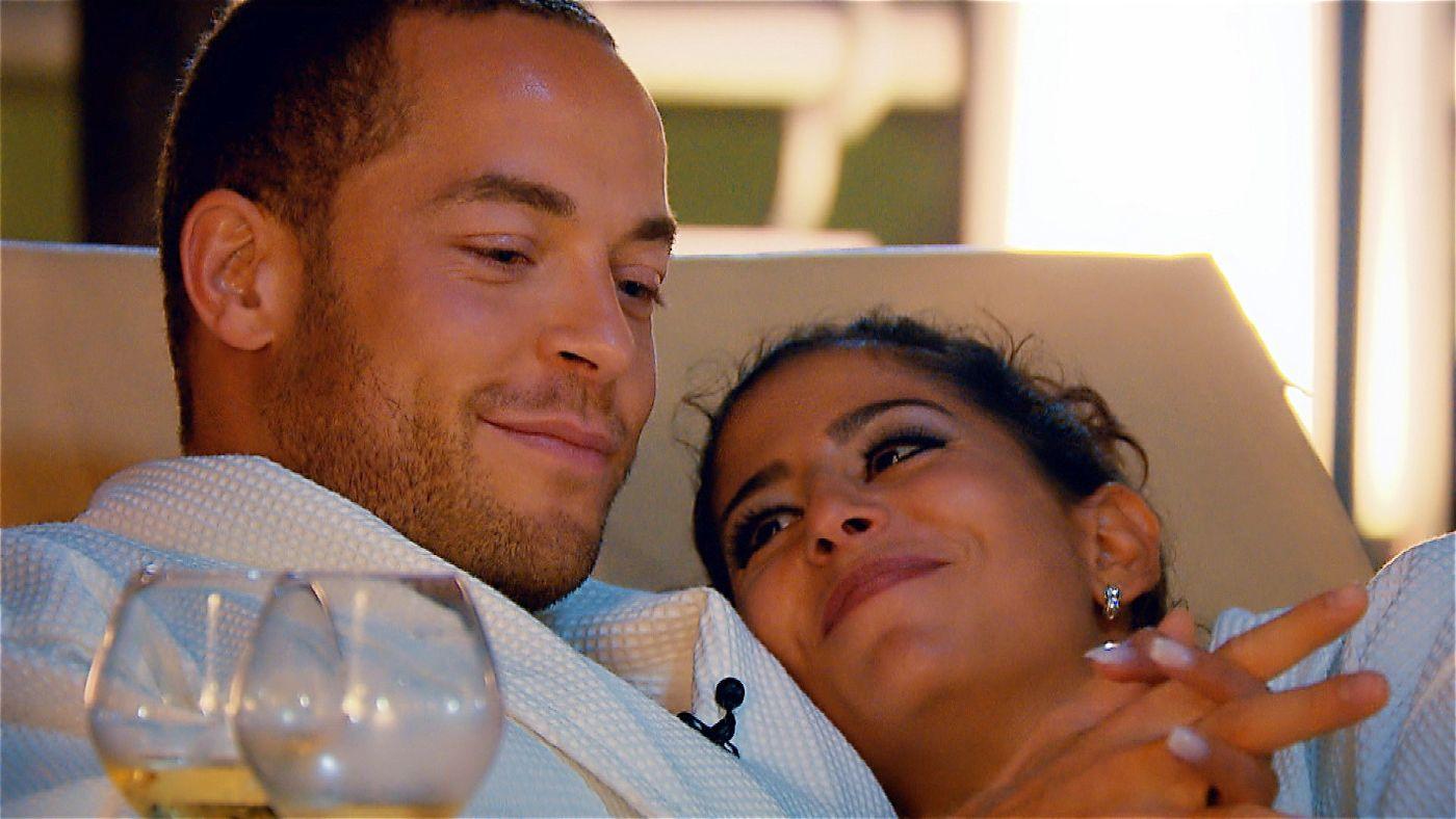 """Die drei """"Dreamdates"""" führen den """"Bachelor"""" Andrej (hier mit Eva) und seine drei Ladies nach Kuba."""