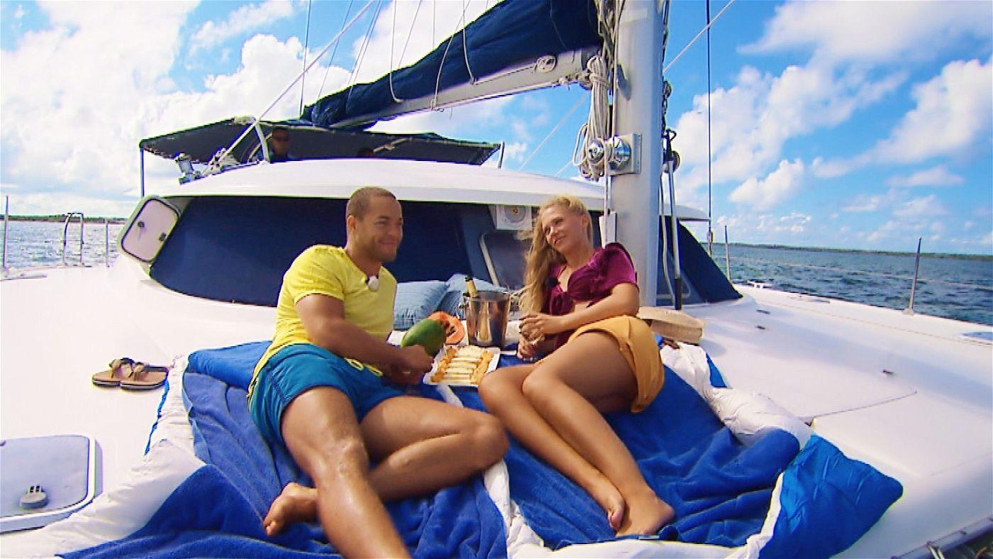 """Andrej und Vanessa verbringen ihr """"Dreamdate"""" auf dem Meer."""