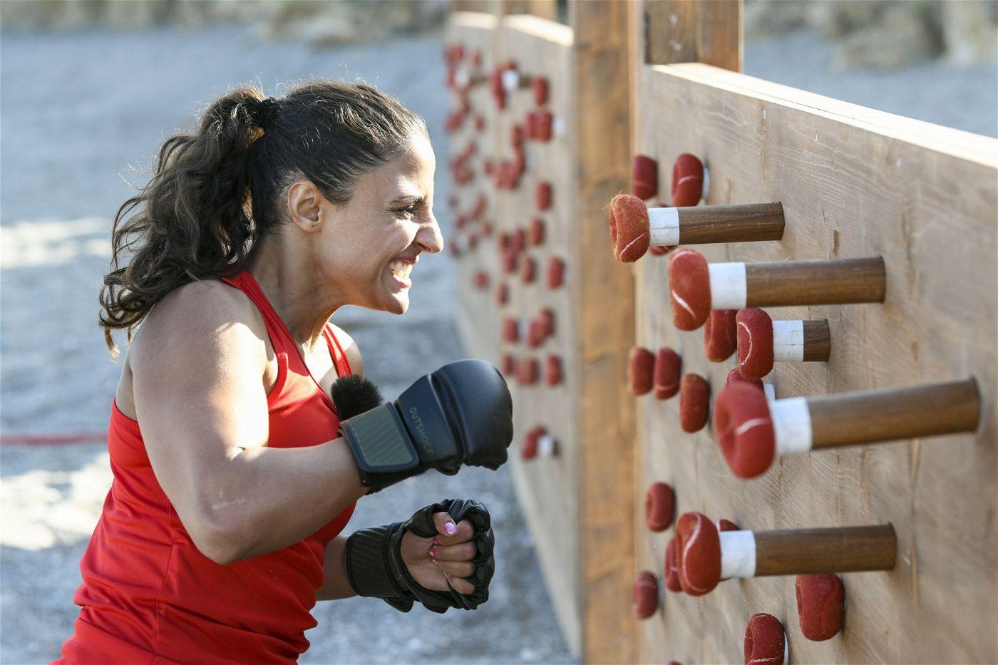 Susi Kentikian ist nur 1,55 Meter groß, aber ein echtes Kraftpaket. Sie wer mehrfach Weltmeisterin und gilt mit bis zu 300 Schlägen pro Minute als schnellste Boxerin der Welt. Geboren wurde sie in Armenien.
