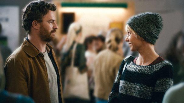 Eigentlich lieben sie sich: Julia Koschitz und Friedrich Mücke überprüfen ihre Beziehung in Ralf Westhoffs neuer Komödie.