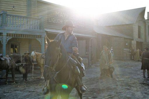 Charlie Sisters (Joaquin Phoenix) liebt den effektvollen Auftritt.