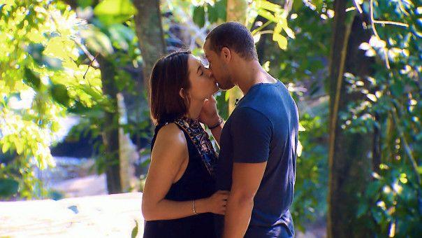 Am Ende der Staffel entschied er sich für Jennifer. Die beiden gaben an, nach dem Ende der Dreharbeiten von ein Paar zu sein.