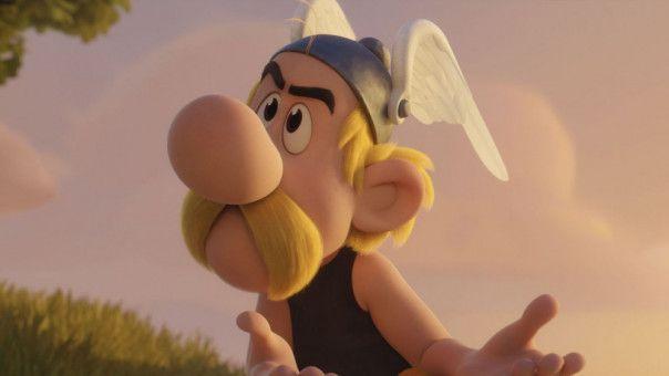 Asterix ist ratlos. Gesprochen wird er von Milan Peschel.