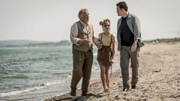 Nick (Matt Dillon, rechts) holt seinen Vater (Nick Nolte) zu sich und seiner Tochter (Sophie Lane Nolte) nach England.