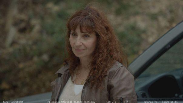 Angèle (Ariane Ascaride) trauert immer noch um ihr ertrunkenes Kind.