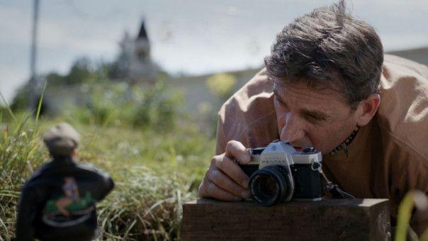 Mark (Steve Carell) geht in seiner Fantasiewelt Marwen voll auf.