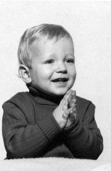 Bleibt noch Thomas Rath. Offenbar schon damals mit viel Begeisterung für das Leben ausgestattet.