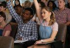 Am College belegen Landon (Shane Paul McGhie) und Tessa (Josephine Langford) die gleichen Kurse - Wirtschaft und Literatur.