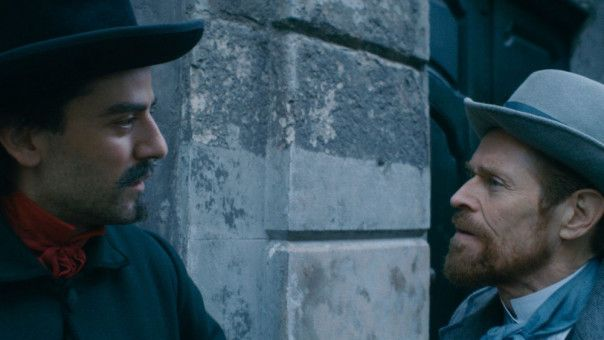 In Paul Gauguin (Oscar Isaac, links) findet Vincent van Gogh (Willem Dafoe) schon in seiner Pariser Zeit einen Freund, mit dem er sich über das Wesen der Kunst streiten kann.