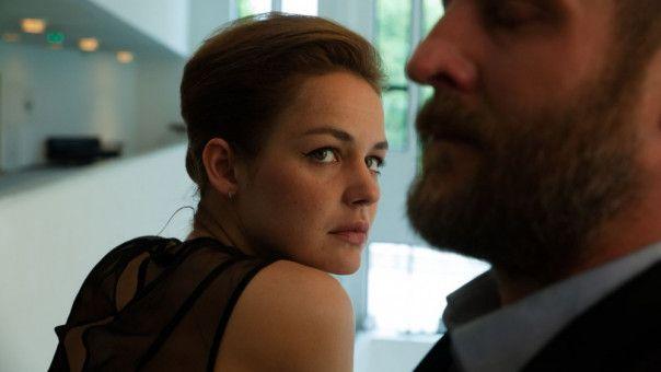 Langsam finden Liv (Luise Heyer) und Malte (Maximilian Brückner) einen Weg zurück in so etwas wie Normalität.