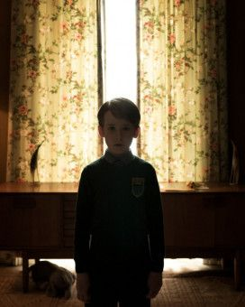 Christopher (James Quinn Markey) ist ein seltsames Kind. Das bemerkt bald auch seine Mutter.