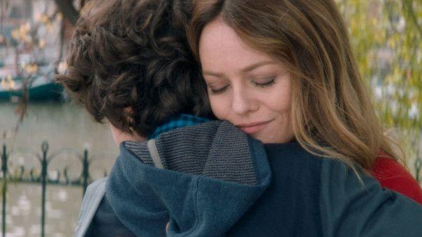 Solal (Jean Aviat) hat keine Lust mehr auf seine Mutter (Vanessa Paradis) und ist leider auch imstande, das sehr präzise zu formulieren.