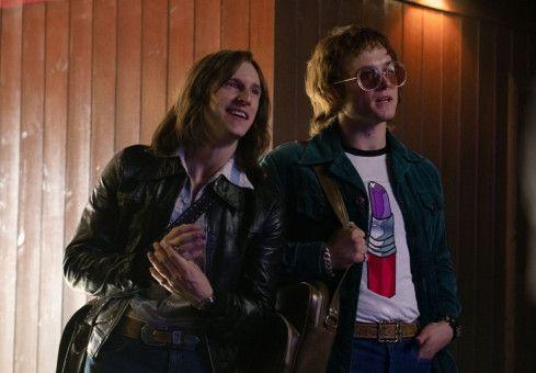 Perfektes Duo: Bernie Taupin (Jamie Bell, links) schreibt die Texte, Elton John (Taron Egerton) die Musik.