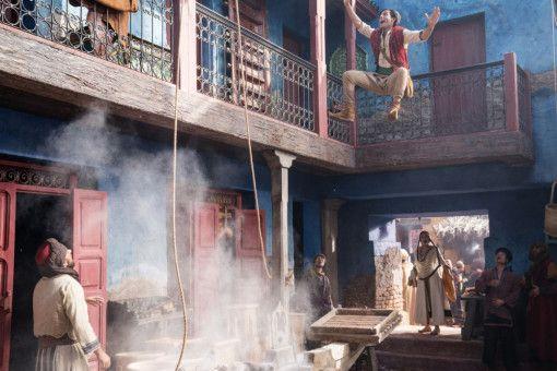 Actionszenen musste Mena Massoud als Aladdin en masse absolvieren.