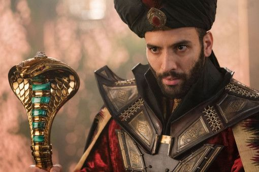 Zauberer Dschafar (Marwan Kenzari) will an die Macht.