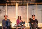 Trügerische Harmonie: Jong-su (Yoo Ah-in, rechts), Hae-mi (Jun Jong-seo, Mitte) und Ben (Steven Yeun) genießen die Abendsonne.