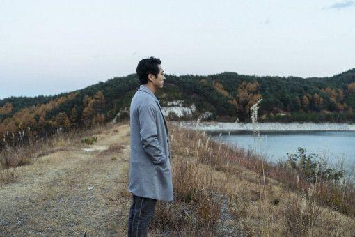 Verbirgt Ben (Steven Yeun) etwas hinter seiner scheinbar glatten Fassade?