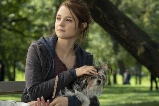 Max findet in seiner dritten Reinkarnation zu CJ (Kathryn Prescott) zurück.
