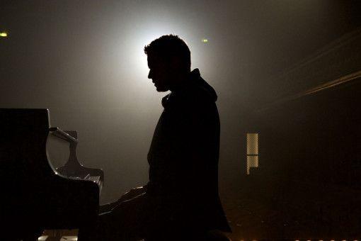 Am Flügel könnte Mathieu (Jules Benchetrit) einen steilen sozialen Aufstieg aus der Misere schaffen.