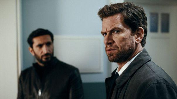 Sein Kollege Assad (Fares Fares, links) will Kommissar Carl Mørck (Nikolaj Lie Kaas) verlassen: Dass der Versetzungswunsch etwas mit seinen Launen zu tun haben könnte, kommt dem Griesgram nicht in den Sinn.