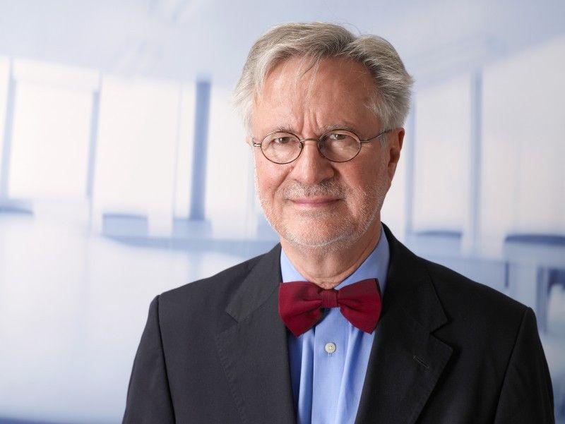 Professor Dr. Ulrich Trottenberg.