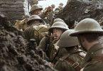 """""""They Shall Not Grow Old"""" begleitet britische Soldaten in den Schützengräben des Ersten Weltkriegs."""