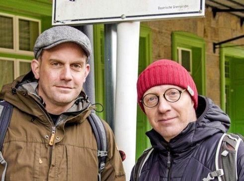 Authentische Grenzgänger: Schauspieler Bezzel (l.) und Schwarz.