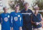 In Rostock machte Toni Kroos (zweiter von links) gemeinsam mit seinem Bruder Felix (links) die ersten Schritte Richtung Profi-Fußball. Sein Trainer damals: Vater Roland. Auch Mutter Birgit unterstützte ihre Söhne.