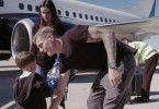 Mit seiner Frau Jessica und seinem Sohn Leon führt Toni Kroos ein Jetset-Leben.