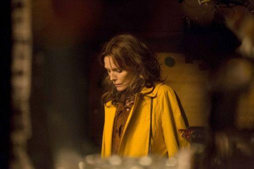 Der Tod ihrer Mutter wirft Kyra (Michelle Pfeiffer) aus der Bahn.