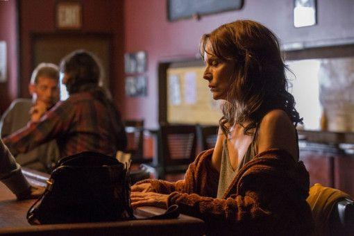 Michelle Pfeiffer verkörpert die Protagonistin Kyra mit einem derart intensiven Minenspiel, dass die Verzweiflung greifbar wird.