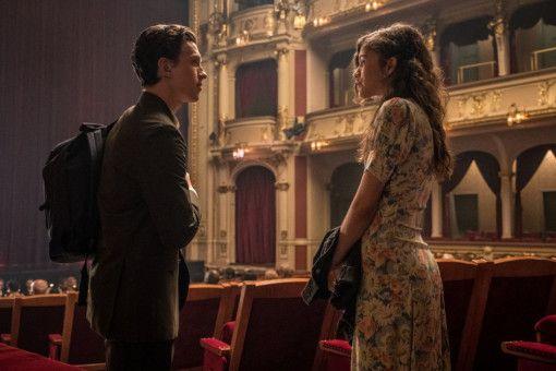 Ob Peter Parker alias Spider-Man (Tom Holland) und sein Schwarm MJ (Zendaya) in der Oper wirklich nebeneinander sitzen?