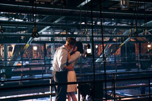 Kommt es doch noch zum Happy End? Zwischen Milou (Emilia Schüle) und Emil (Dennis Mojen) knistert es.