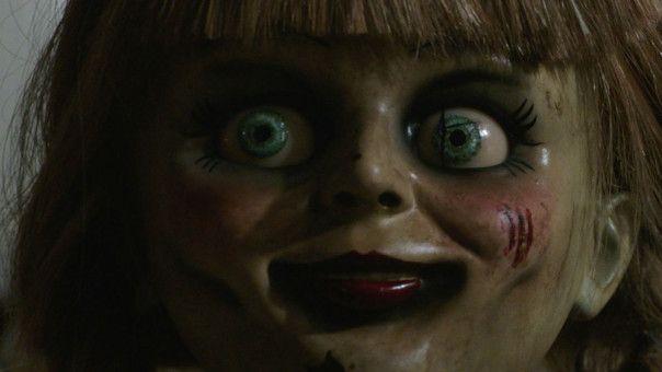 Annabelles Blick ist nicht das einzig Unheimliche an der Porzellanpuppe.