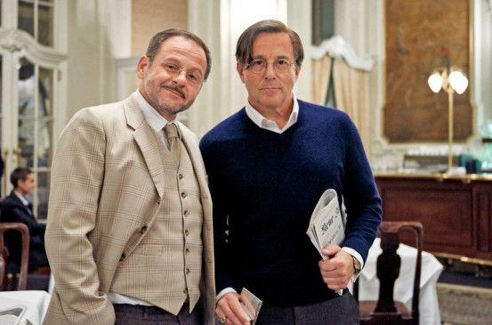Stilsicher und treu: Heino Ferch (rechts) als Kunstdetektiv Allmen, sein Diener Carlos (Samuel Finzi).