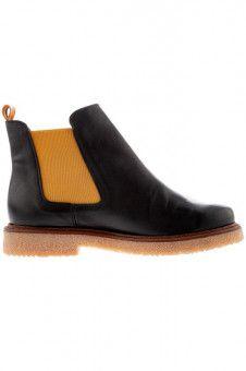 Trittfest: Chelsea-Boots, gesehen bei Ulla Popken.