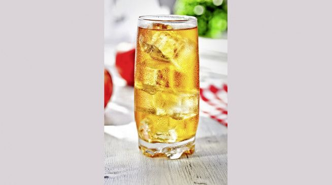 Kalte Getränke sind verlockend, aber warme Getränke sind die bessere Wahl.