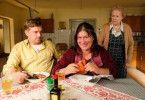 Liesl Mooshammer (Eva Mattes, Mitte) hat ihr Haus verloren und zieht bei den Eberhofers ein - nicht wirklich zur Freude von Franz (Sebastian Bezzel) und Oma Eberhofer (Enzi Fuchs).