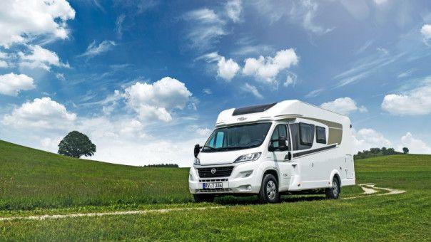Natur entdecken: Urlaub mit dem Reisemobil eröffnet neue Horizonte und steht für aktiven Ferienspaß.