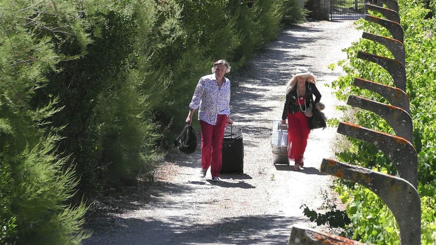 """Sabrina und Thomas ziehen ins """"Sommerhaus der Stars"""" ein."""
