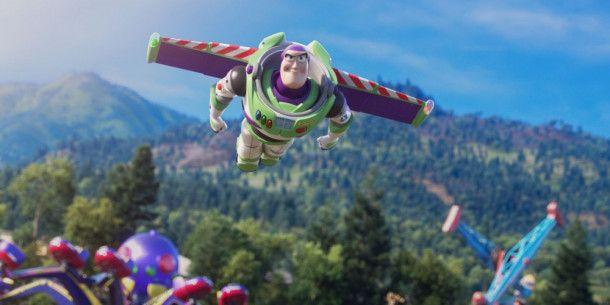 Angeber Buzz hat einen großen Auftritt. Und den weiß er zu nutzen.