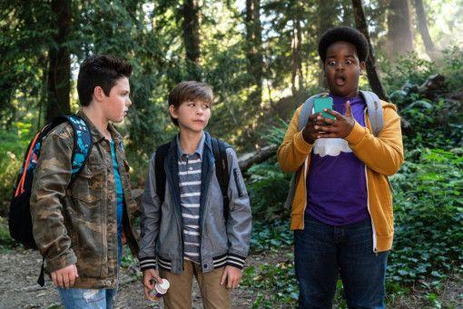 Auf dem Weg zum ersten Kuss haben Thor (Brady Noon), Max (Jacob Tremblay) und Lucas (Keith L. Williams, von links) so manches Hindernis zu überwinden.