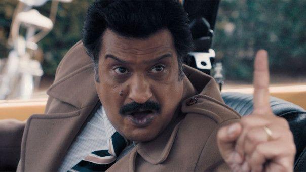 Vater Malik (Kulvinder Ghir) führt ein strenges Regiment.